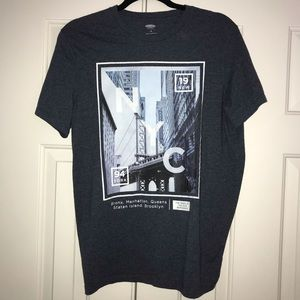 2/$12 EUC Old Navy Tees Shirt with NYC Size M